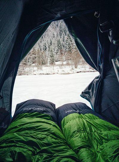Lightweight hammock and sleeping bag combination
