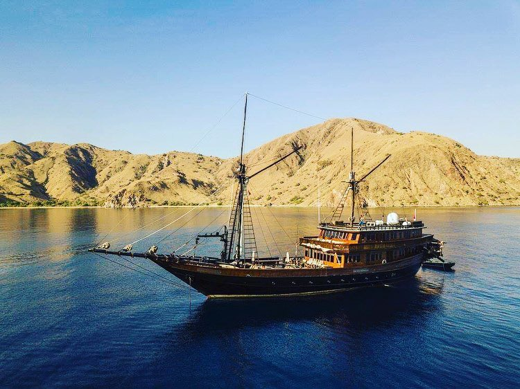 Signs You Aren't Fit for Komodo Liveaboard Trip