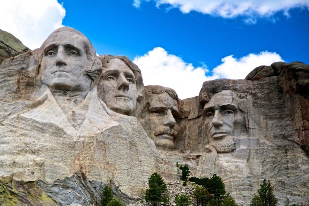 The Handy Handbook for Travelling to the United States: Mount Rushmore