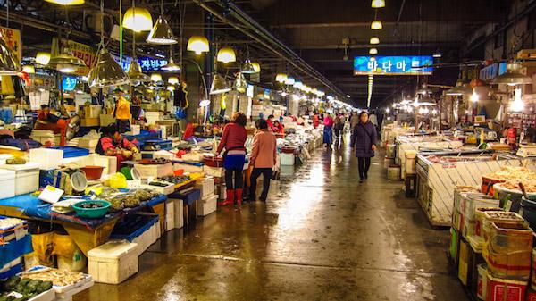 noryangjin fish market korea